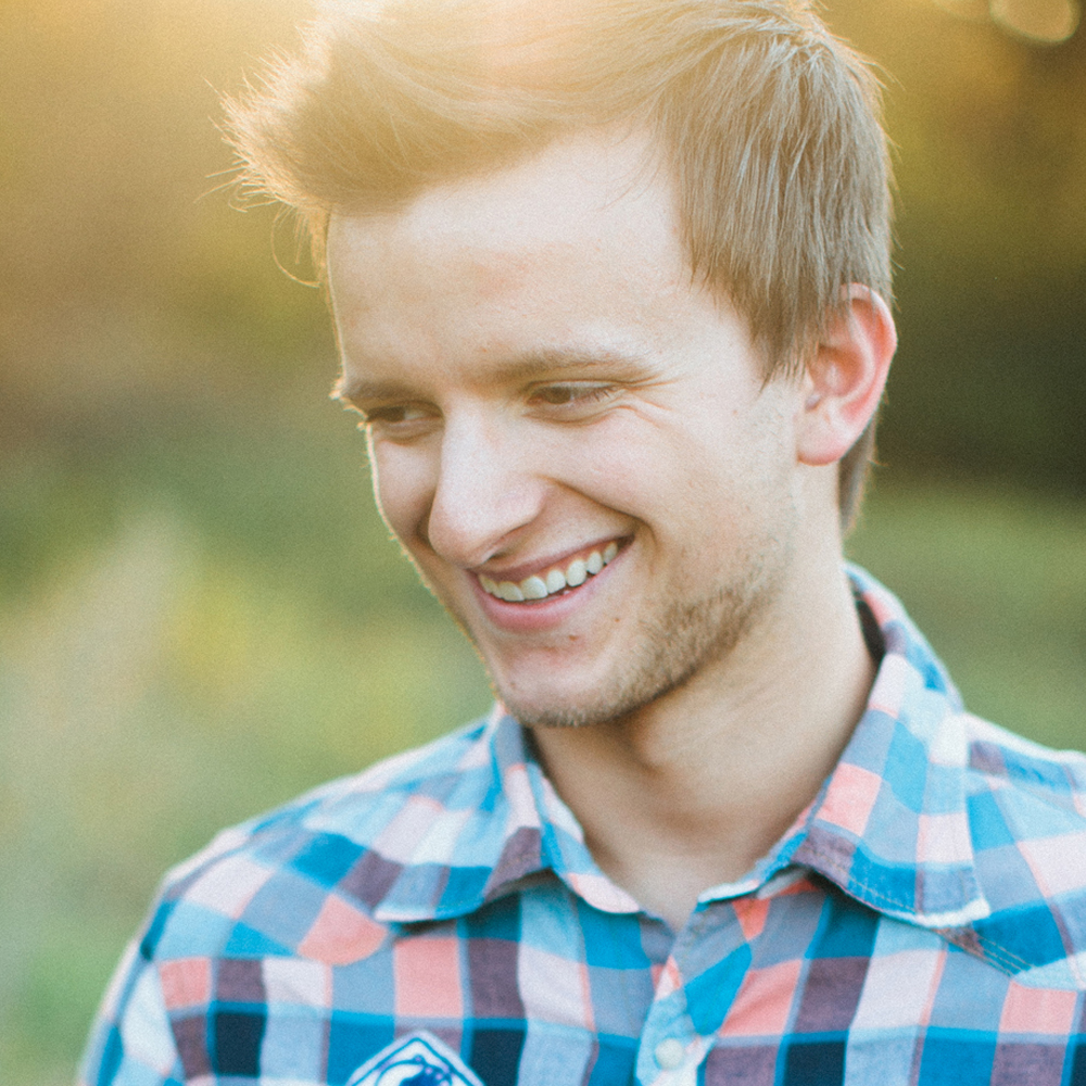 Brandon Harrison on LogoLounge