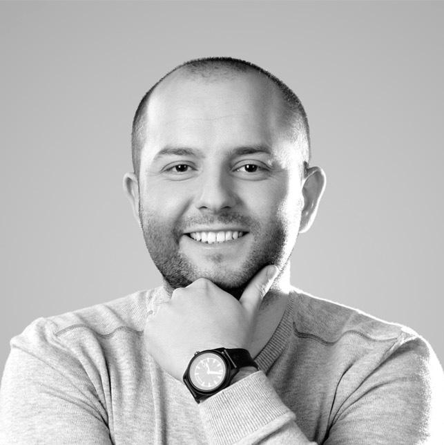 Piotr Miarka on LogoLounge