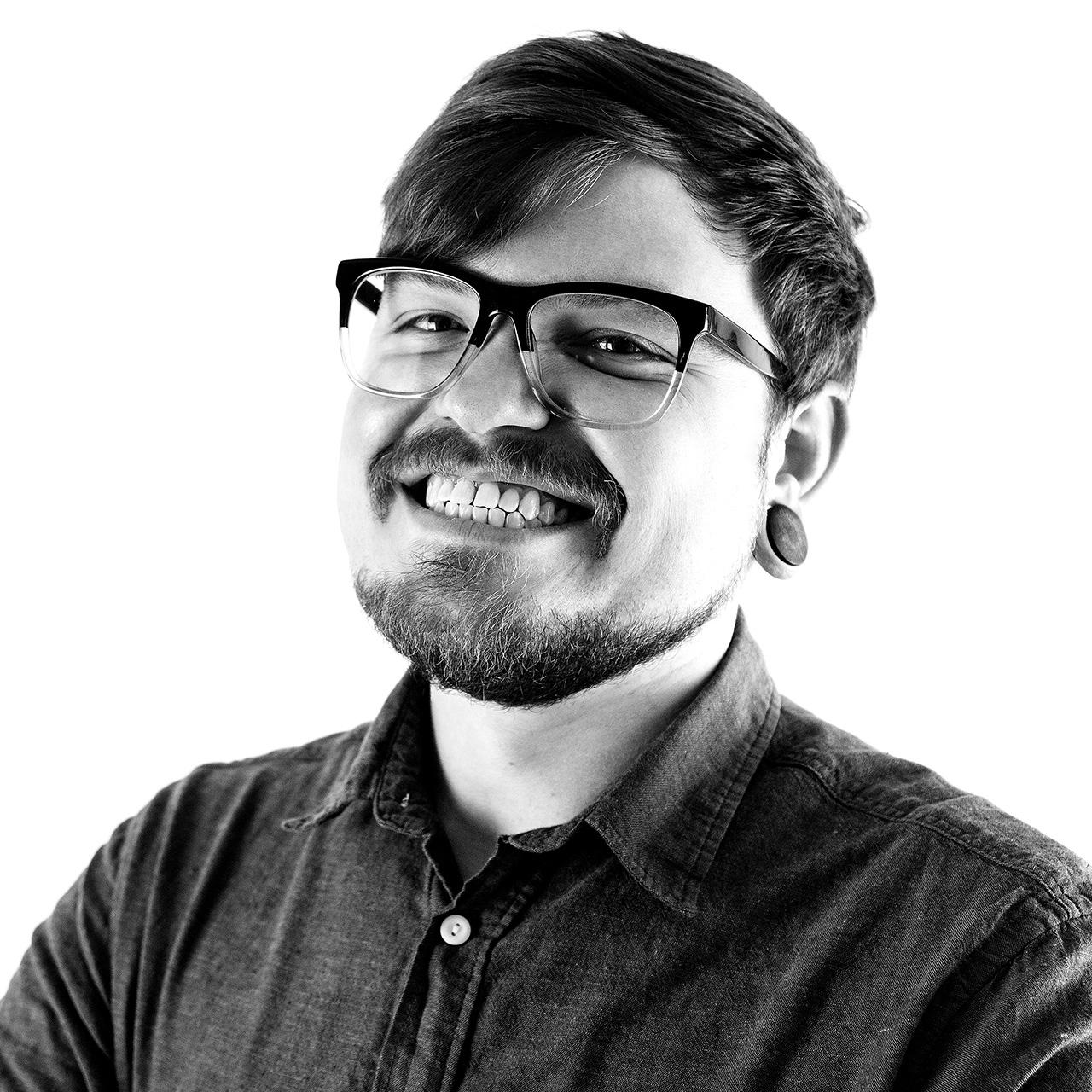 Tyler DeHague on LogoLounge